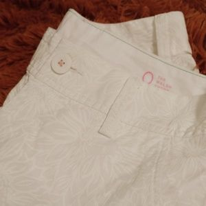 Lilly Pulitzer White Walsh Shorts